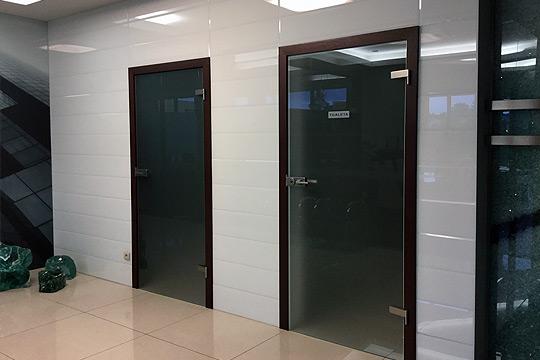 biurowe drzwi szklane