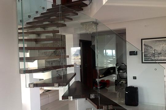 schody i balustrady szklane